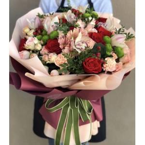 Сборный букет хризантемы с орхидеями и розами R1127